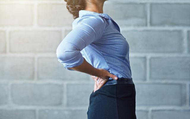 Ms é costas dor nas de um sintoma
