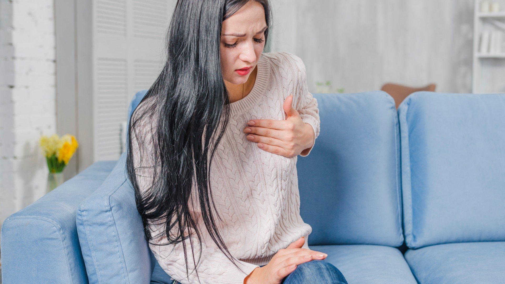 Do irradiando braço dor ardente baixo esquerdo para