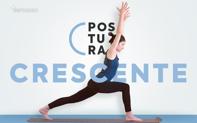 Mulher praticando yoga.